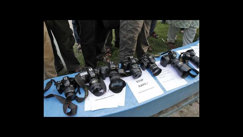 India, 2° arresto per stupro fotoreporter a Mumbai, 3 ancora ricercati