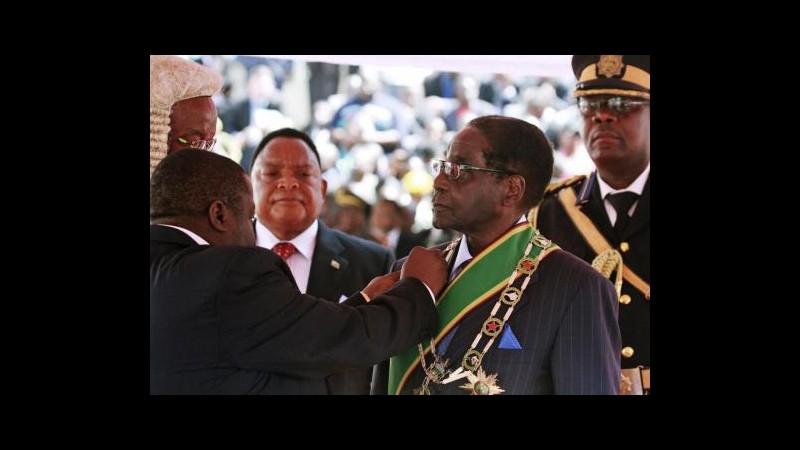Zimbabwe, Mugabe si insedia per nuovo mandato, opposizione boicotta