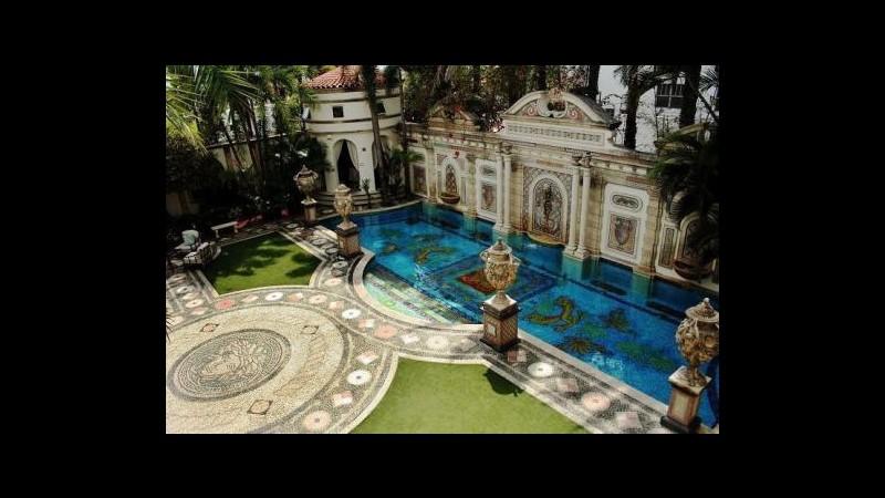 Versace, accordo con SJM per resort-casinò da 2mila camere a Macao
