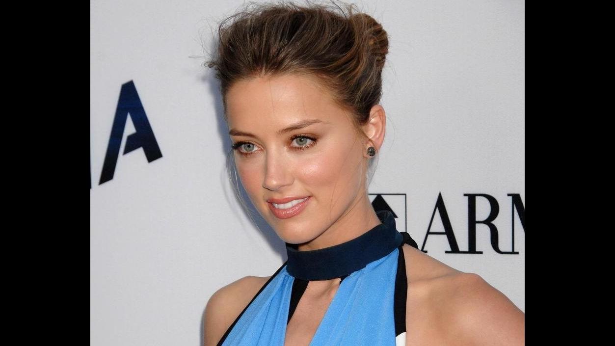 Amber Heard: Sono orgogliosa della mia bisessualità