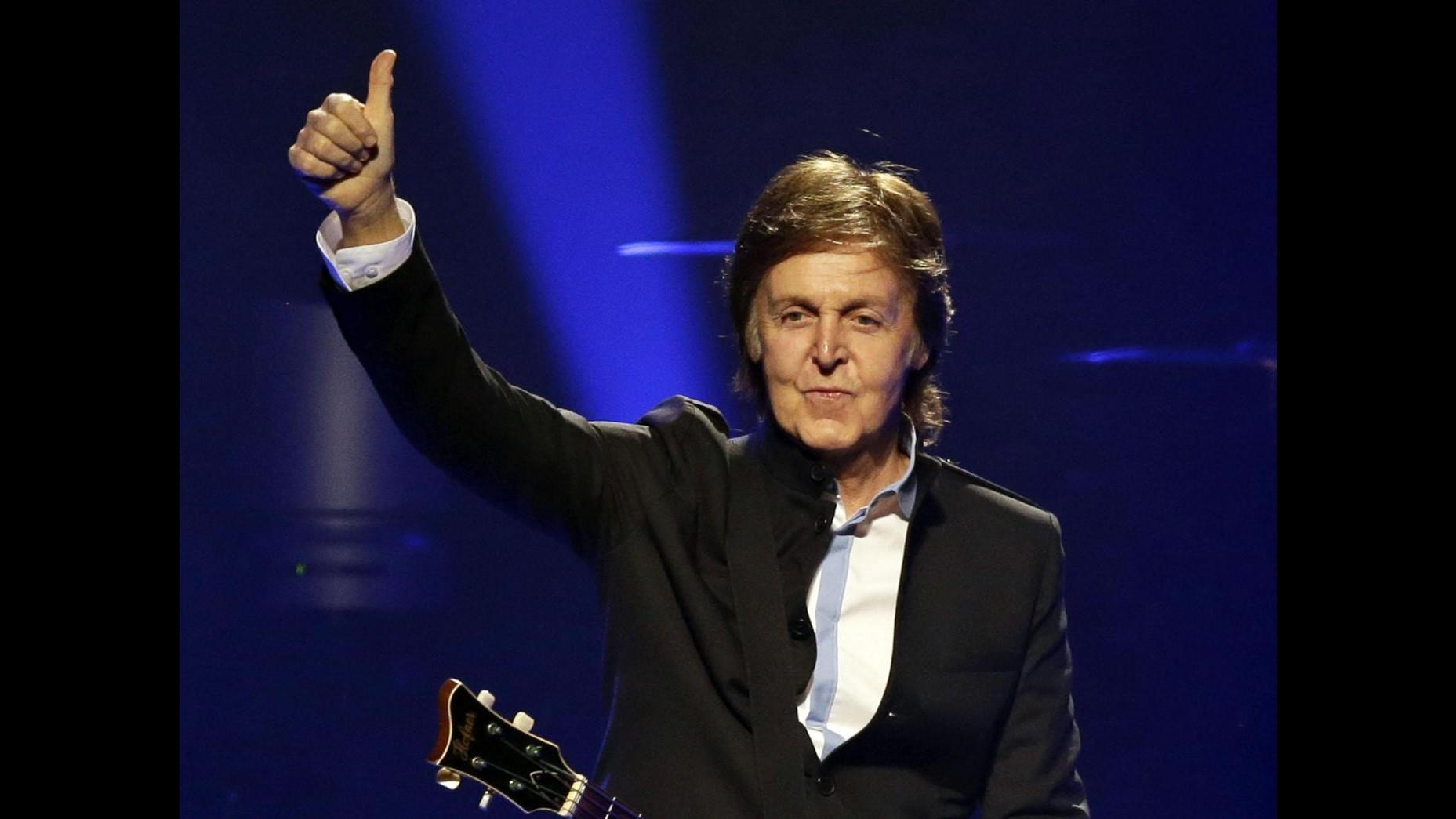 Paul McCartney all'iHeartRadio festival di Las Vegas con Muse e Lavigne