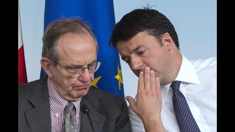 Spending review, Renzi vede Padoan e Cottarelli. Mercoledì nuovo incontro coi ministri