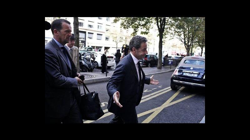 Francia, Sarkozy annuncia il ritorno in politica
