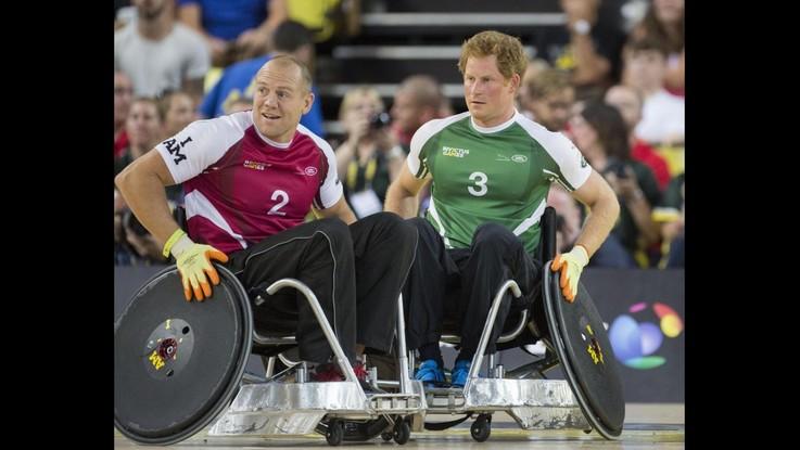 Il principe Harry fra 400 militari disabili agli 'Invictus Games' VIDEO