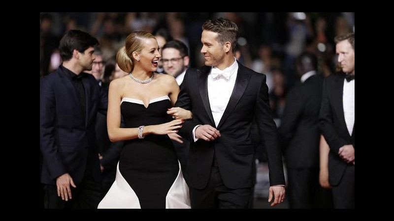Blake Lively  e Ryan Reynolds aspettano un bambino