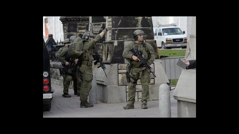 Canada, identificato il soldato ucciso a Ottawa