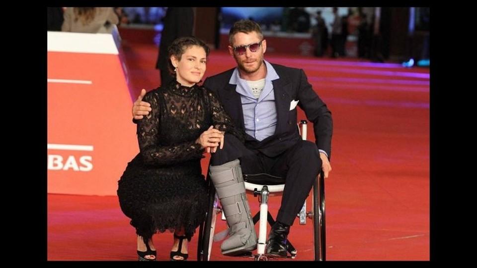 Sedie A Rotelle Roma : Roma film fest sul red carpet di the knick lapo in sedia a rotelle
