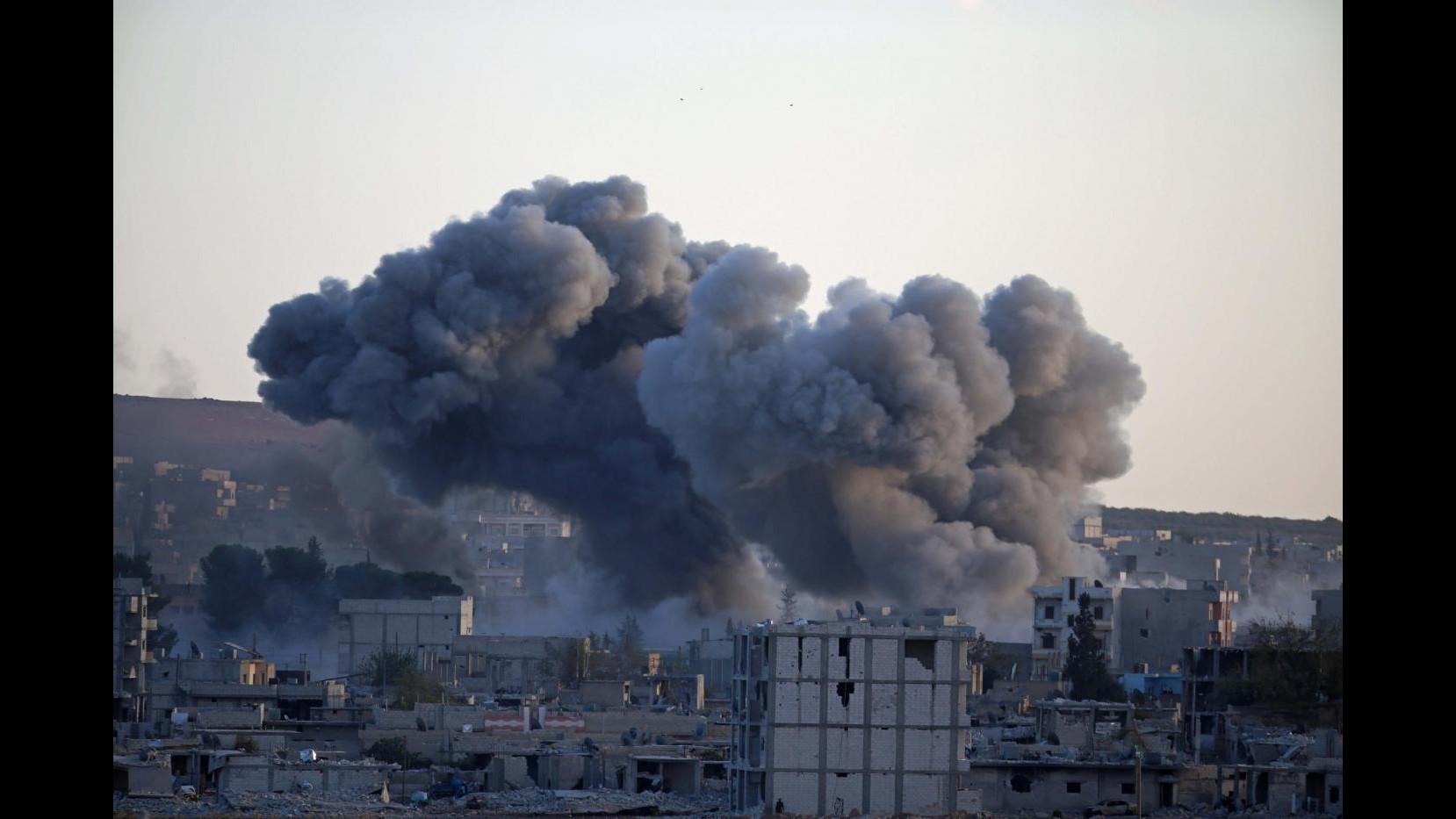 Isil, trovata fossa comune con 48 sunniti uccisi a Hit in Iraq