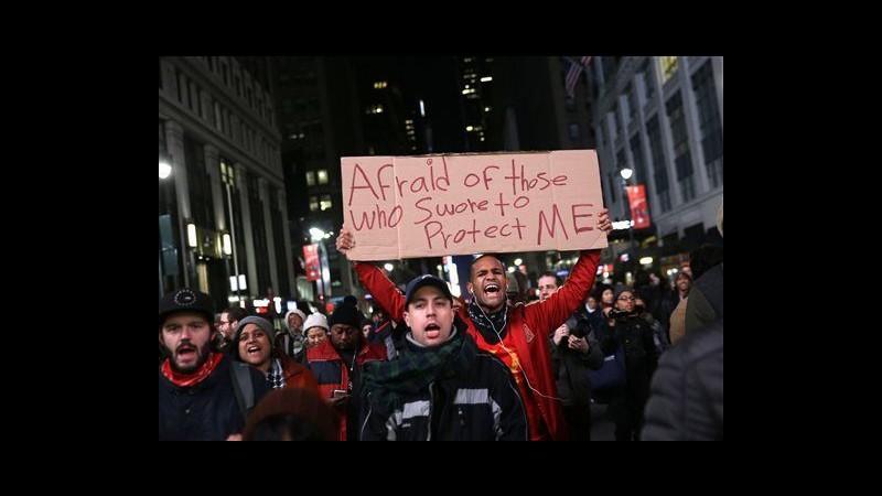 Usa, nero soffocato a New York: proteste da Manhattan a Ferguson
