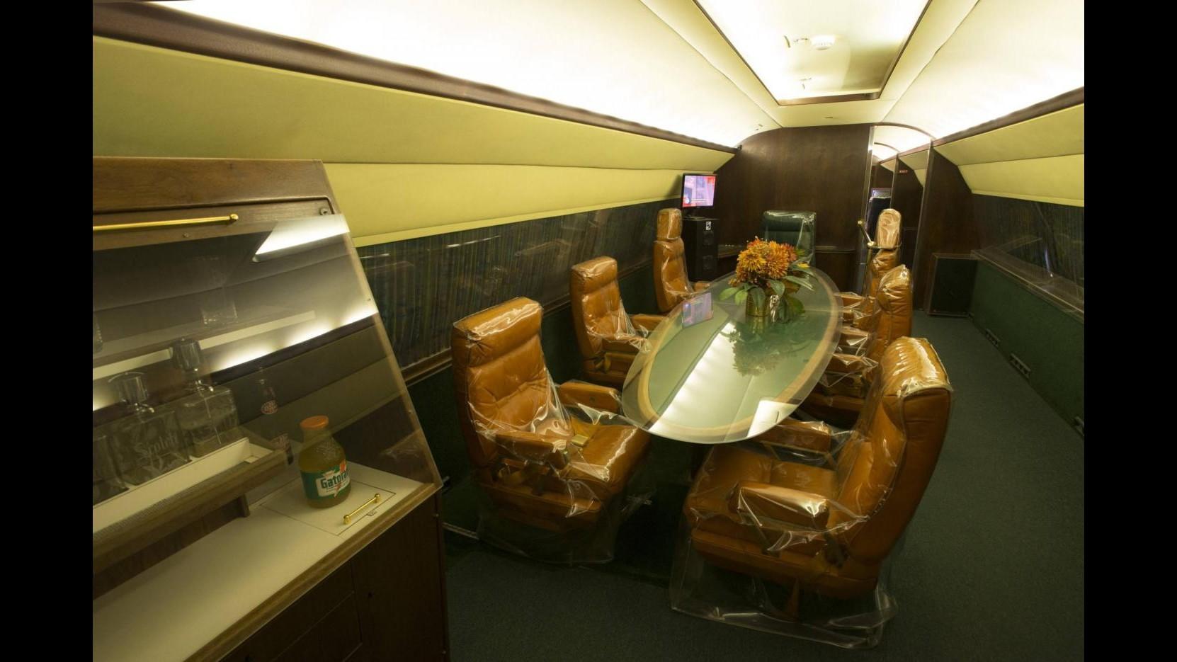 I jet privati di Elvis Presley vanno all'asta per circa 10 milioni di dollari