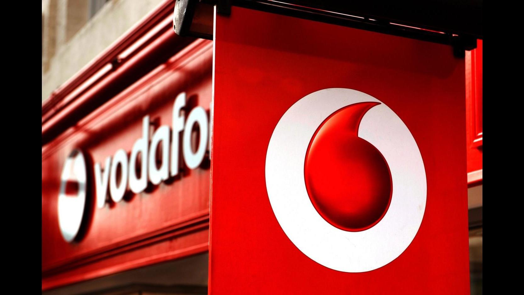 Vodafone: Trimestre chiuso con ricavi a +0.7%, in Italia -7.4%