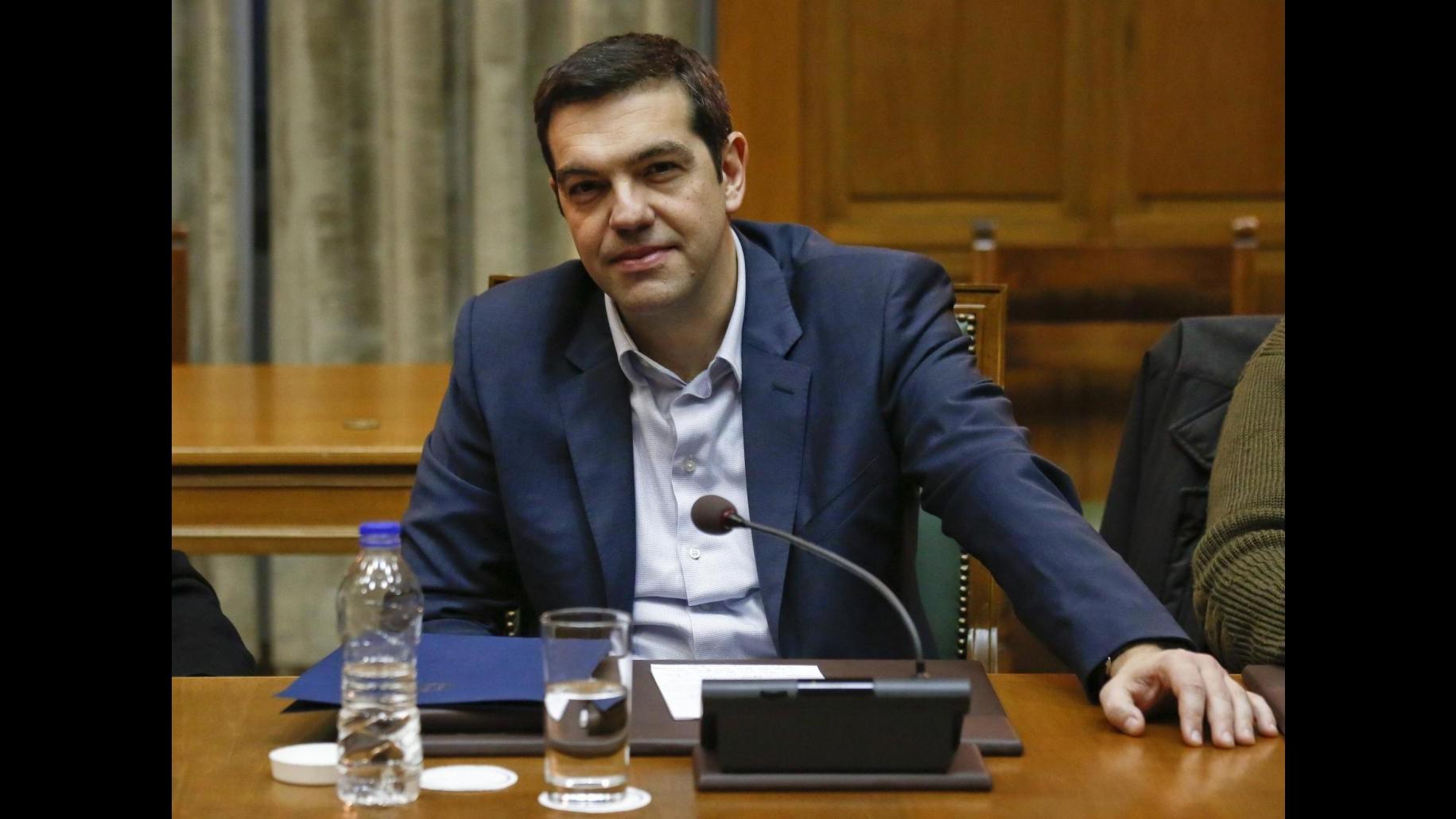 Grecia presenterà domani all'Ue la lista delle misure sul prestito