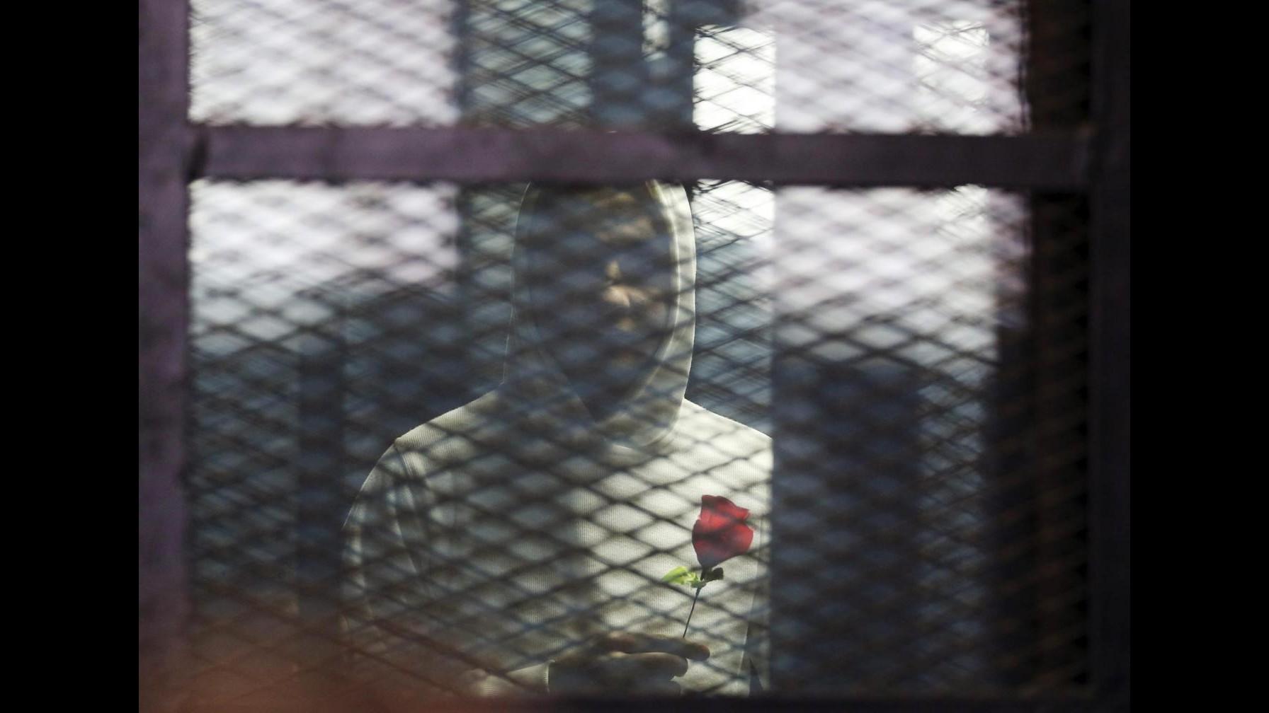 Egitto, blogger Alaa Abdel Fattah condannato a 5 anni