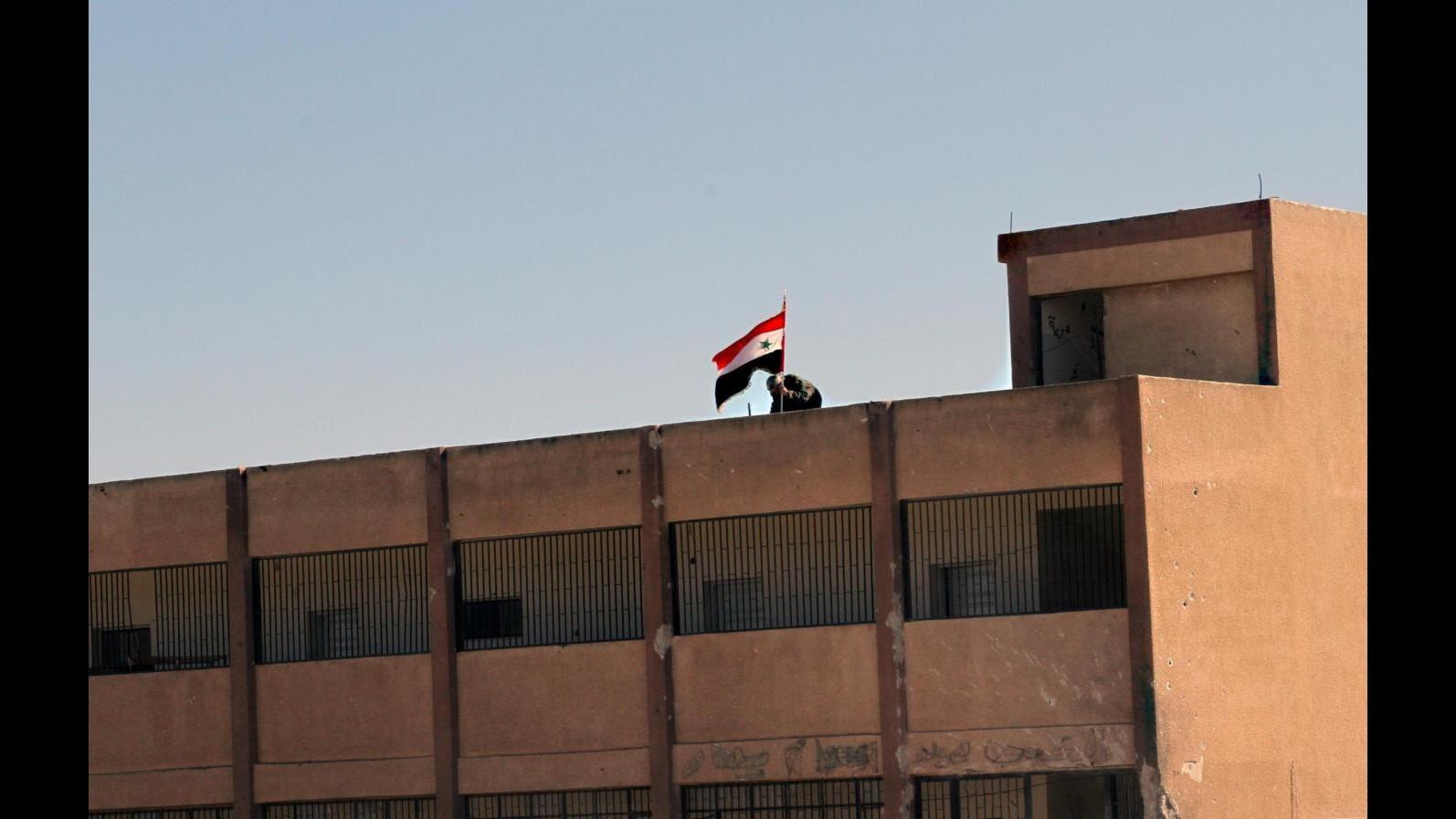 Siria, Hrw: Ribelli hanno compiuto decine attacchi contro civili