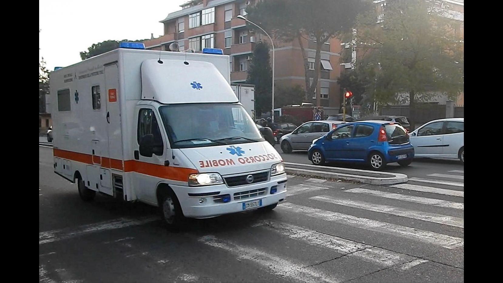 Monza, muore 15enne investito da auto: la madre ferita gravemente