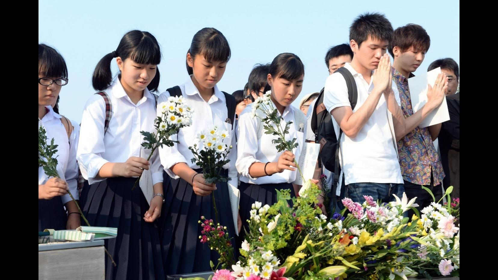 Hiroshima, 70 anni fa la bomba nucleare Abe: Risoluzione Onu contro proliferazione