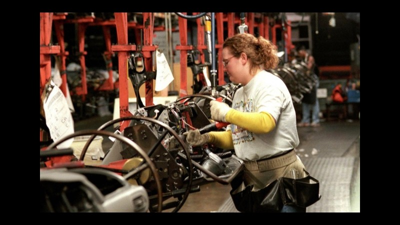 Germania, ordini industria +7,2% a giugno, superiori alle attese