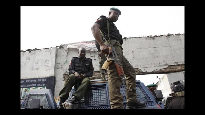 Nigeria, l'esercito libera 178 persone prigioniere di Boko Haram