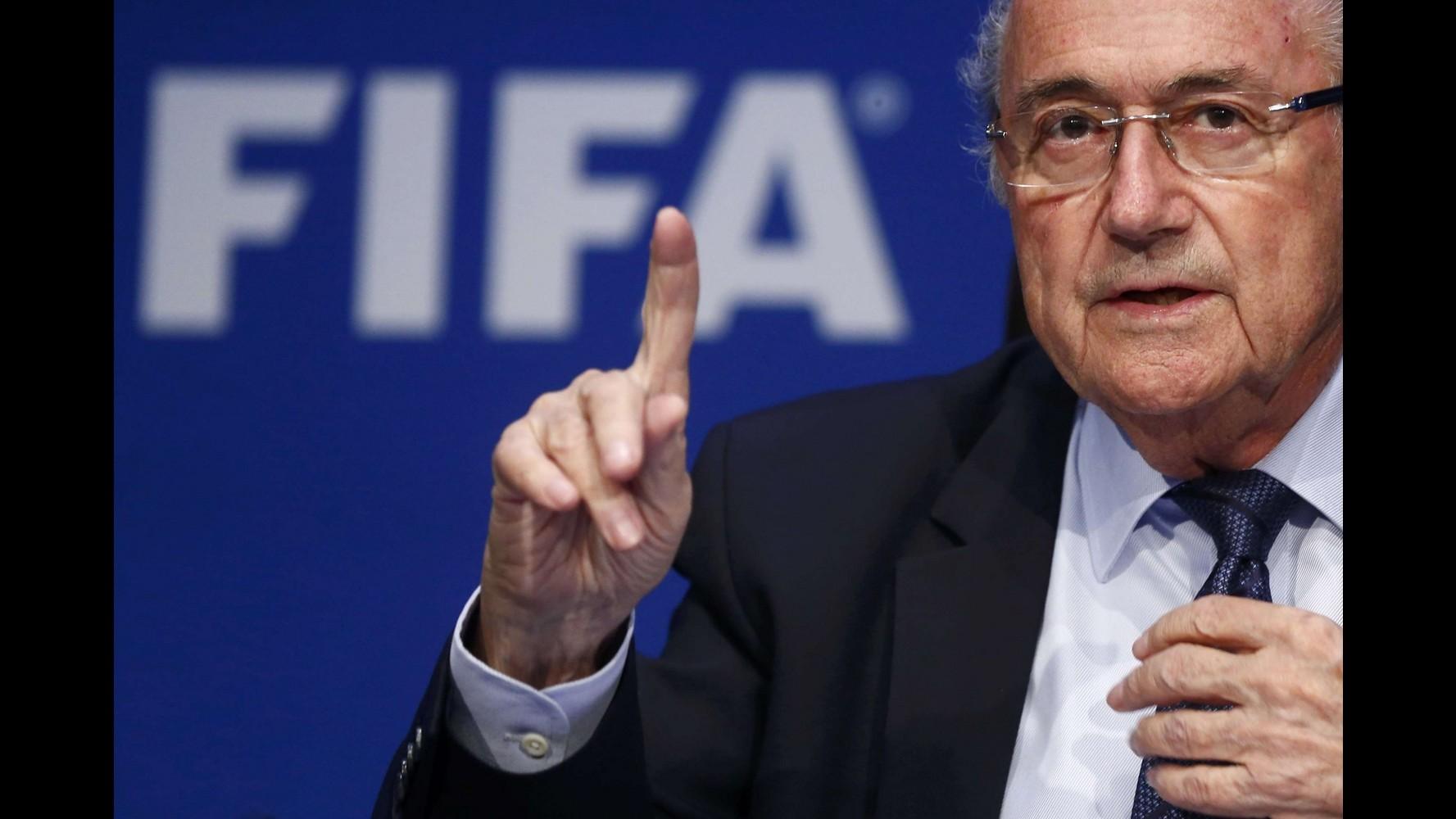 Caso Fifa, Blatter lascia incarico in Comitato olimpico