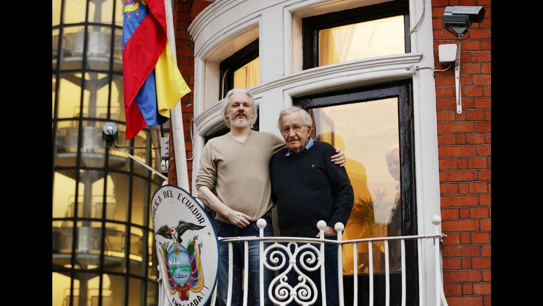WikiLeaks, procura Svezia vuole interrogare Assange a Londra