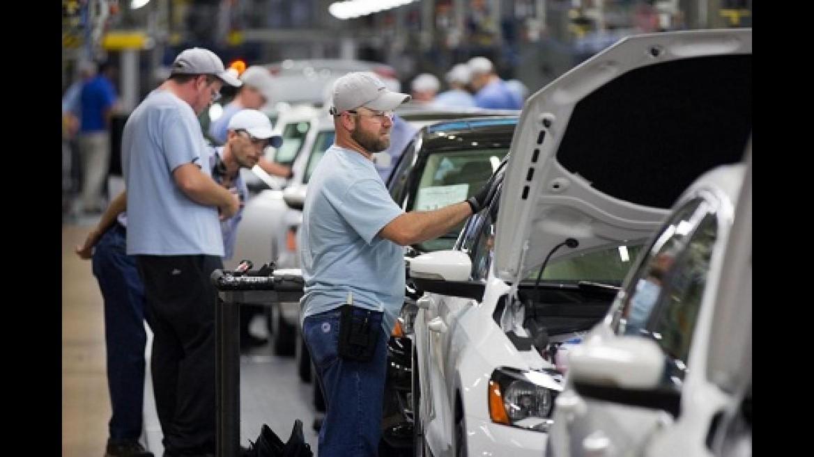 Istat: Prezzi produzione industriale -0,2% a giugno, su anno -2,3%