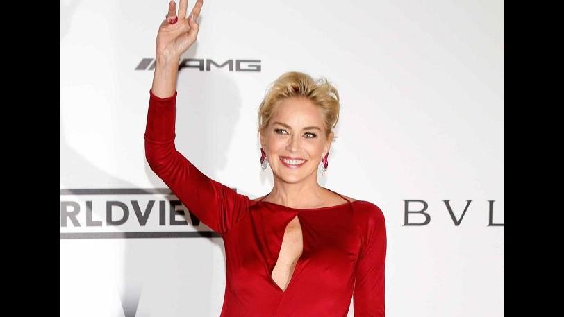 Estetica, Sharon Stone testimonial per i filler all'acido ialuronico