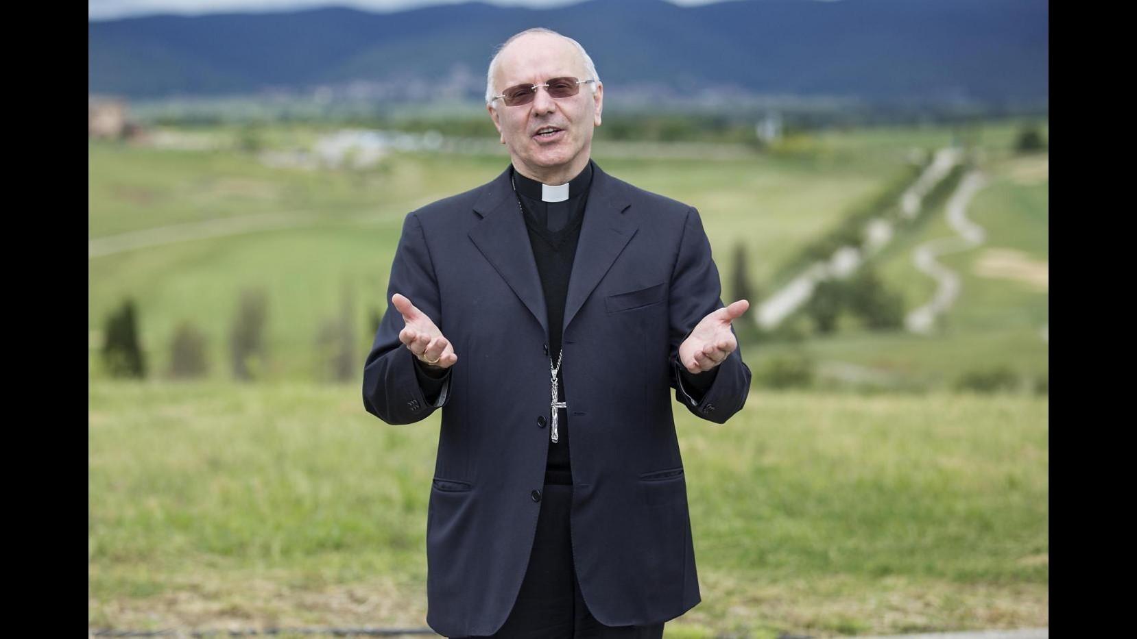 Mons. Galantino evita convegno di Trento: Politici? Piccolo harem di cooptati e di furbi