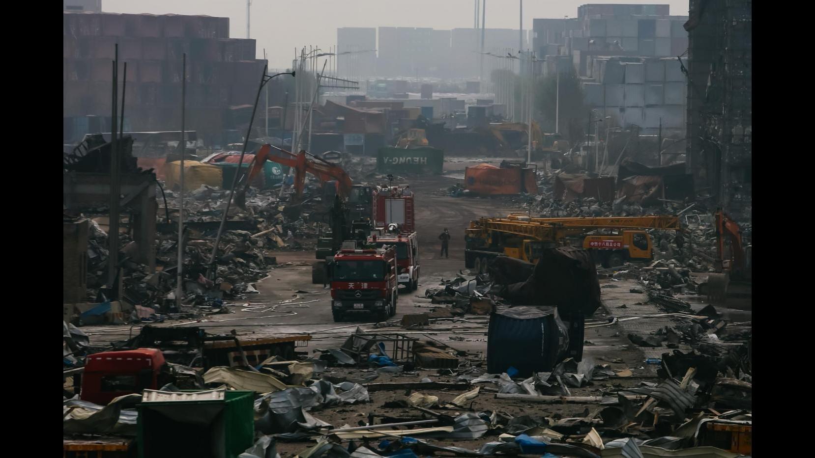 Cina, Tianjin: sale a 114 bilancio dei morti, 700 tonnellate cianuro sodio nell'area