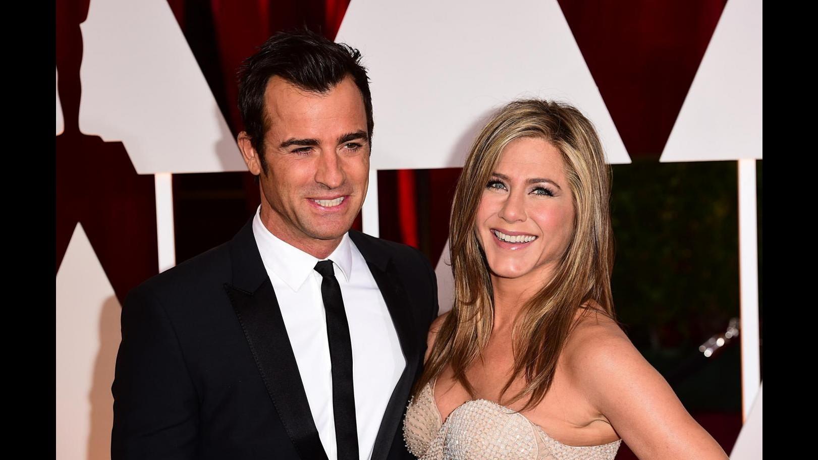 Niente invito alle nozze di Jennifer Aniston per gli ex 'Friends'