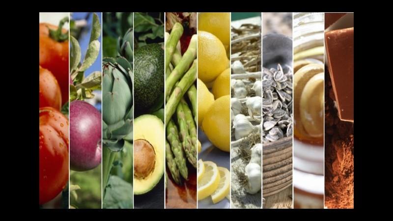 Diete. Cambio di stagione, dieci alleati di bellezza a tavola