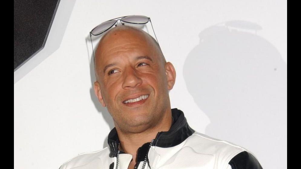 Premier a Hollywood per 'Fast and Furious 7', il cast firma autografi