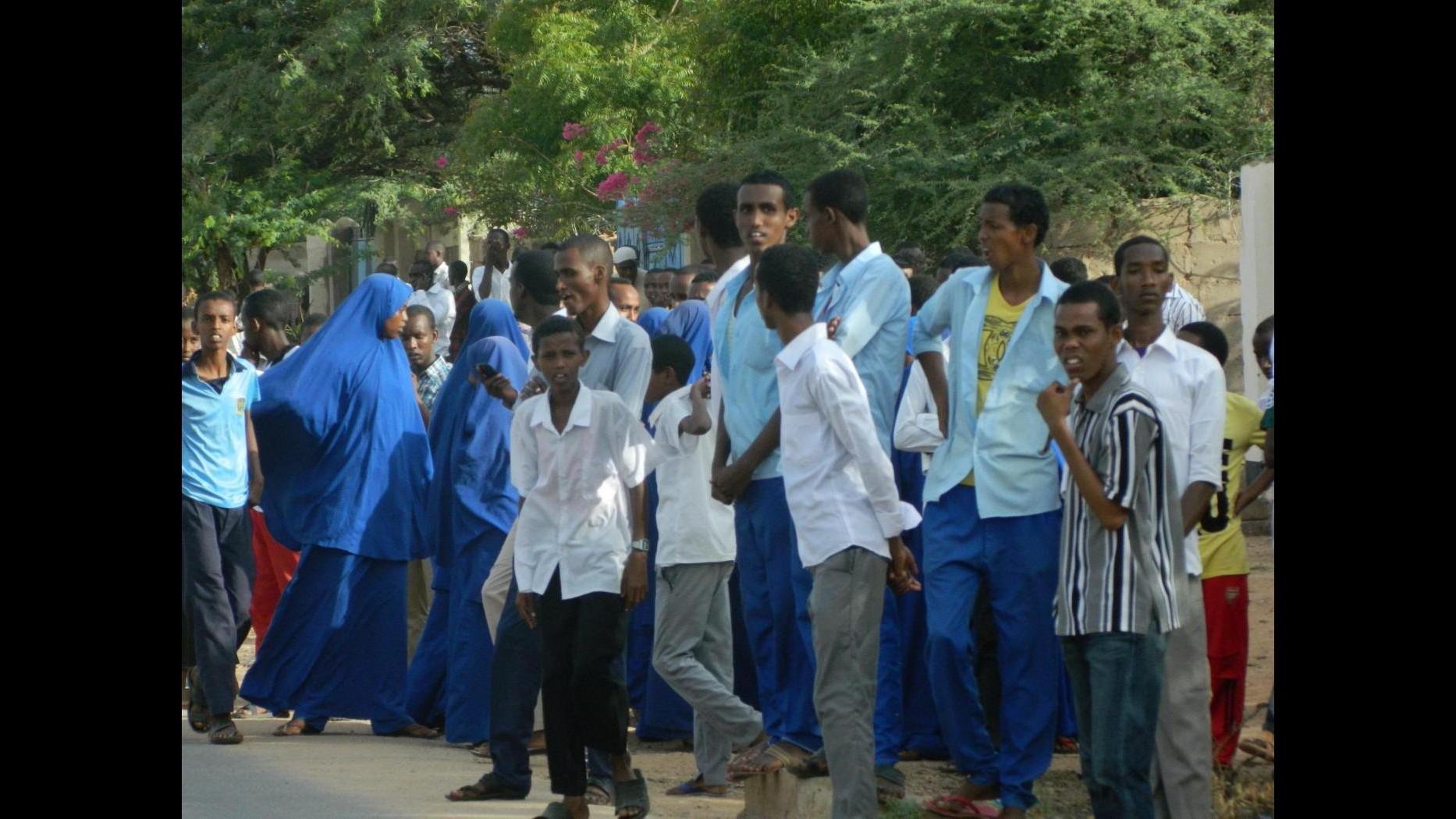 Kenya, assalto al campus: si cercano ancora 535 studenti