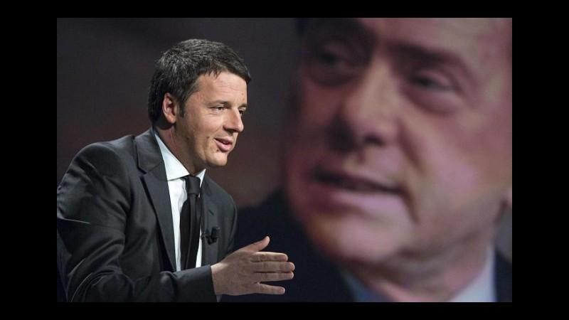 Riforme, torna l'ipotesi di un asse politico Renzi-Berlusconi dopo l'estate