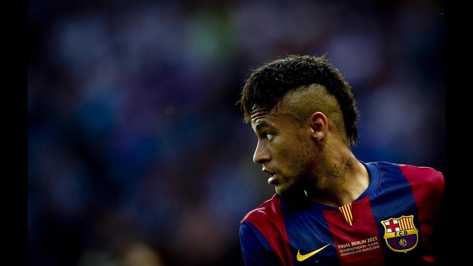 Stampa GB: Arsenal su Cavani, United tra Neymar e Bale