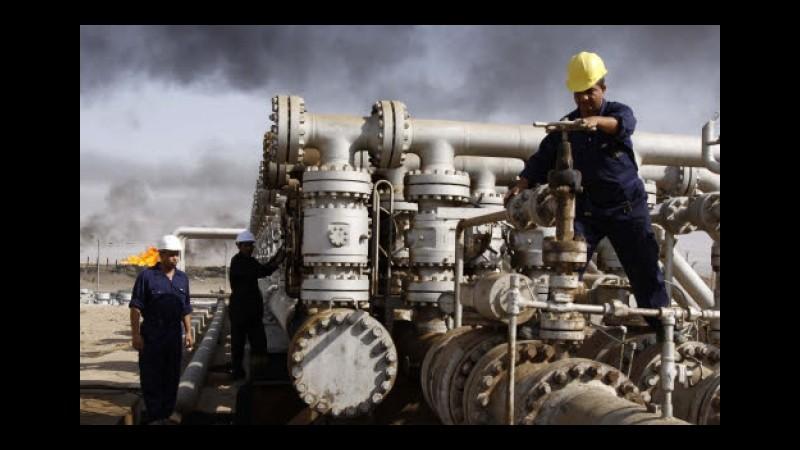 Codacons: Prezzo petrolio -63% ma da compagnie aeree fuel surcharge