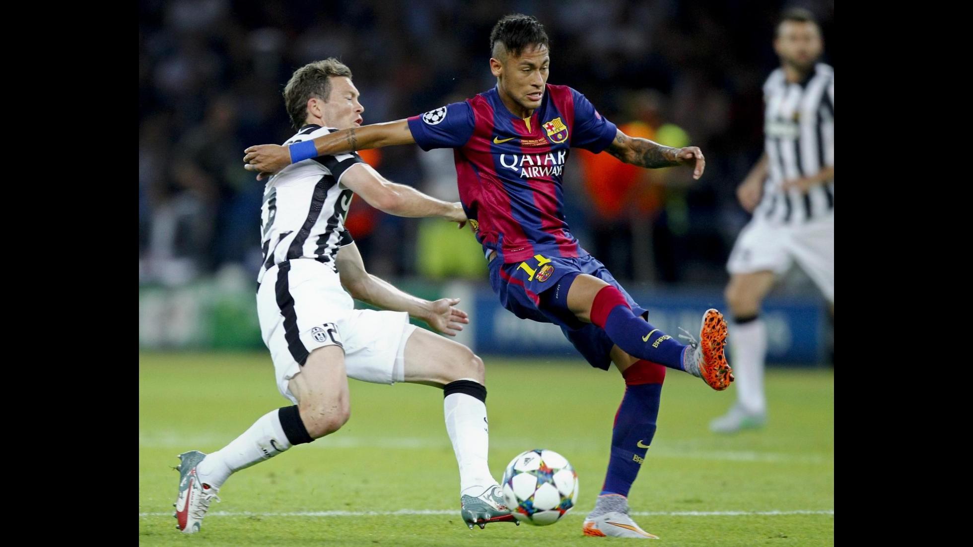 Calcio, stampa GB: Manchester Utd pronto a fare follia per Neymar