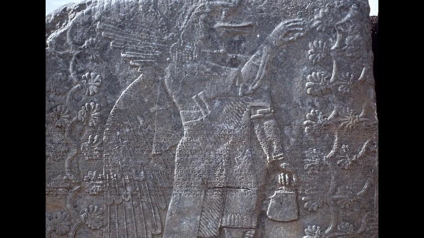Isis, video mostra distruzione sito archeologico Nimrud in Iraq