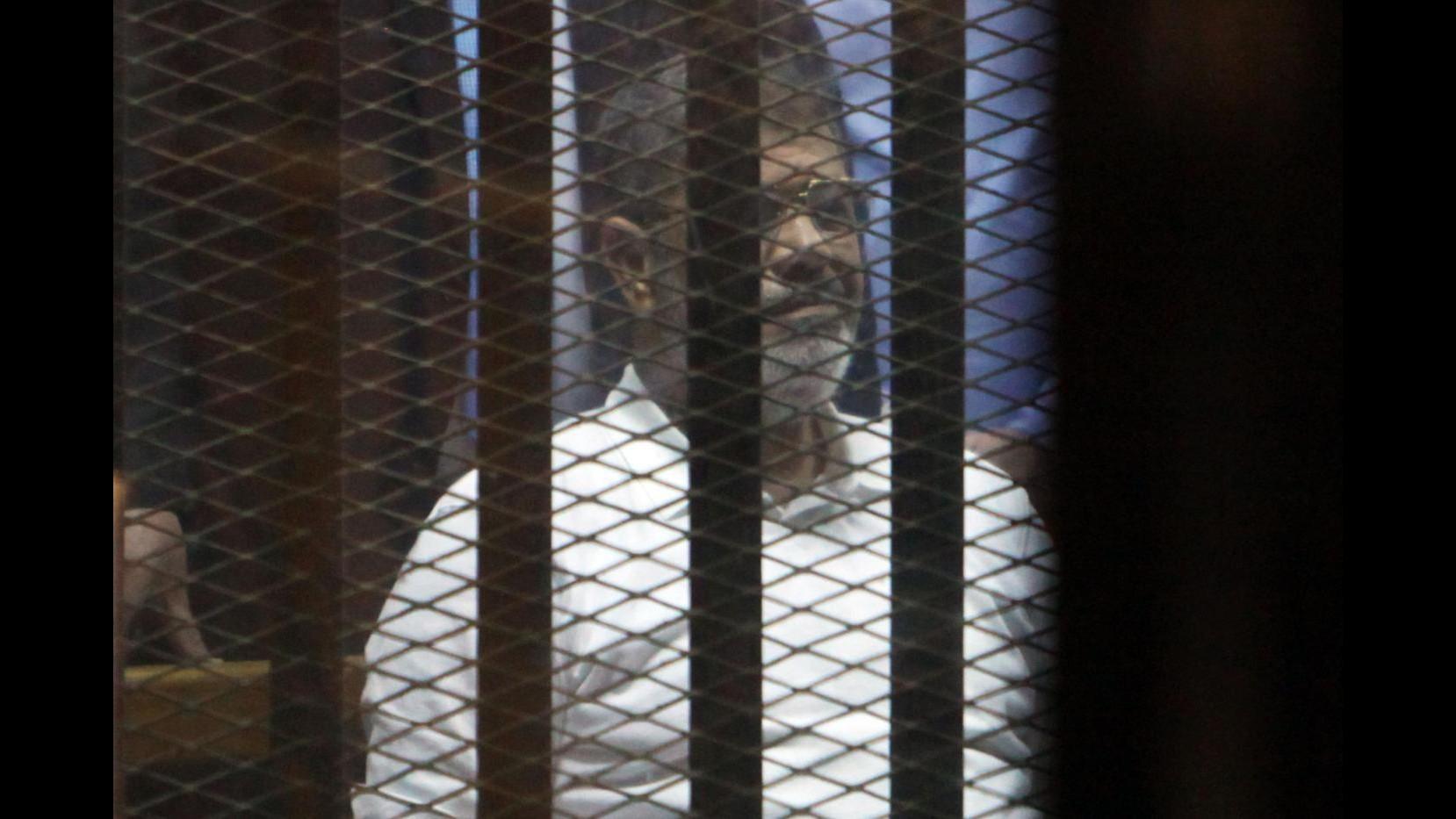 Egitto, Morsi condannato a morte per evasione 2011 da carcere