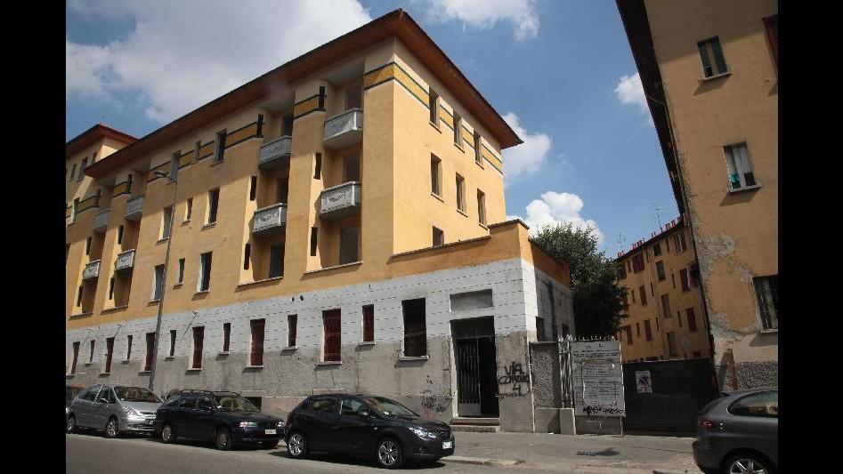 Milano, sgombero di via Comacchio: la voce degli occupanti