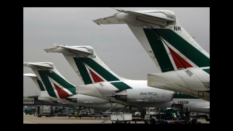 Maltempo, atterraggio d'emergenza a Napoli per volo Roma-Milano