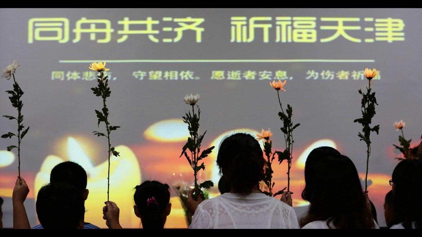 Cina, autorità locali: non c'è cianuro nell'aria dopo la pioggia caduta a Tianjin