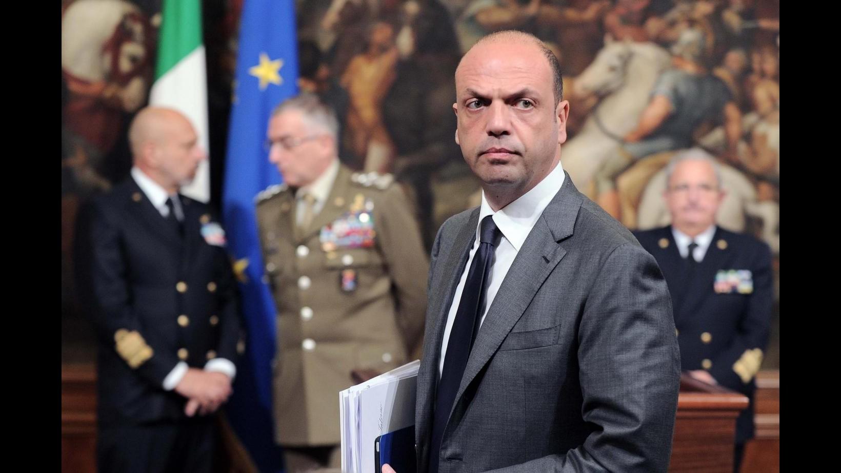 Sbarchi, Alfano: Ue è sulla strada giusta, ma il problema è la Libia
