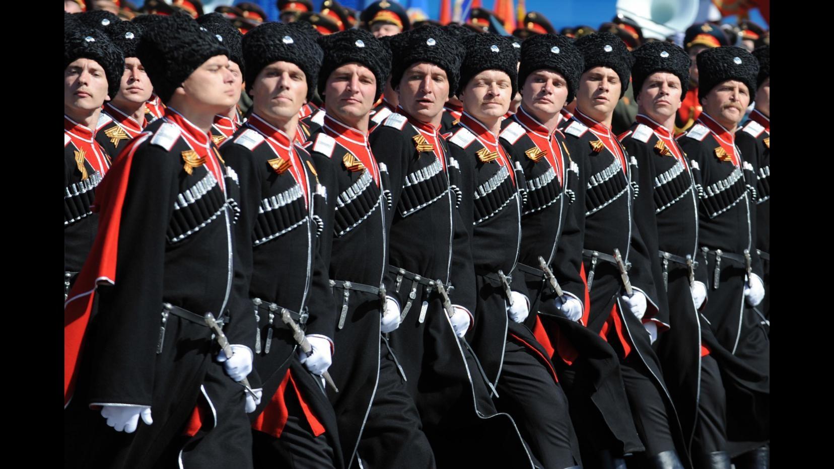 Russia, parata nel Giorno della vittoria sul nazismo: l'Occidente boicotta evento