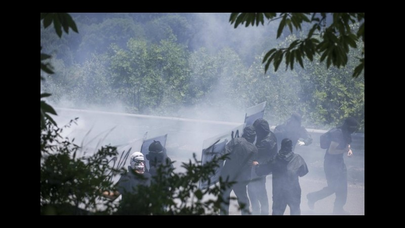 Tav, lanciarono petardi contro il cantiere di Chiomonte: otto persone fermate
