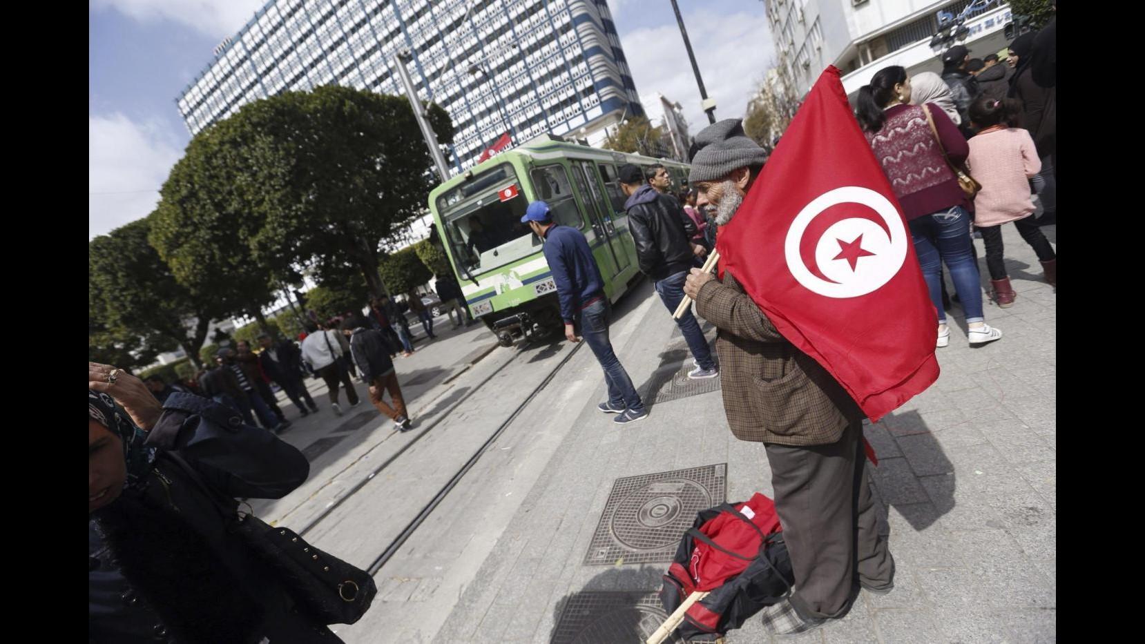 In Tunisia la bandiera più grande al mondo: presto nel Guinness