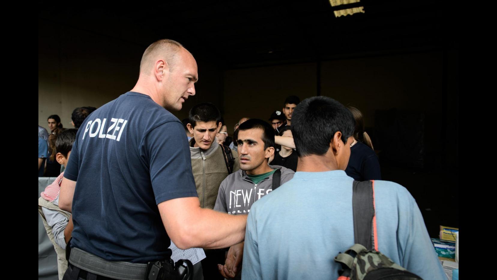 Immigrazione, media: Da Praga stop arresti di siriani diretti in Germania