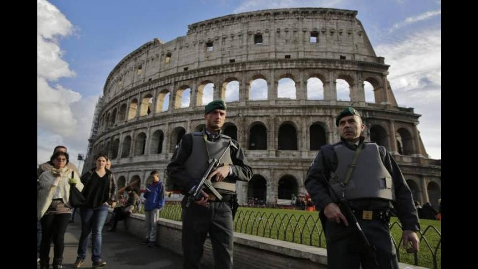 Colosseo, Carbone (Pd): Spettacolo indecoroso per Roma e turisti