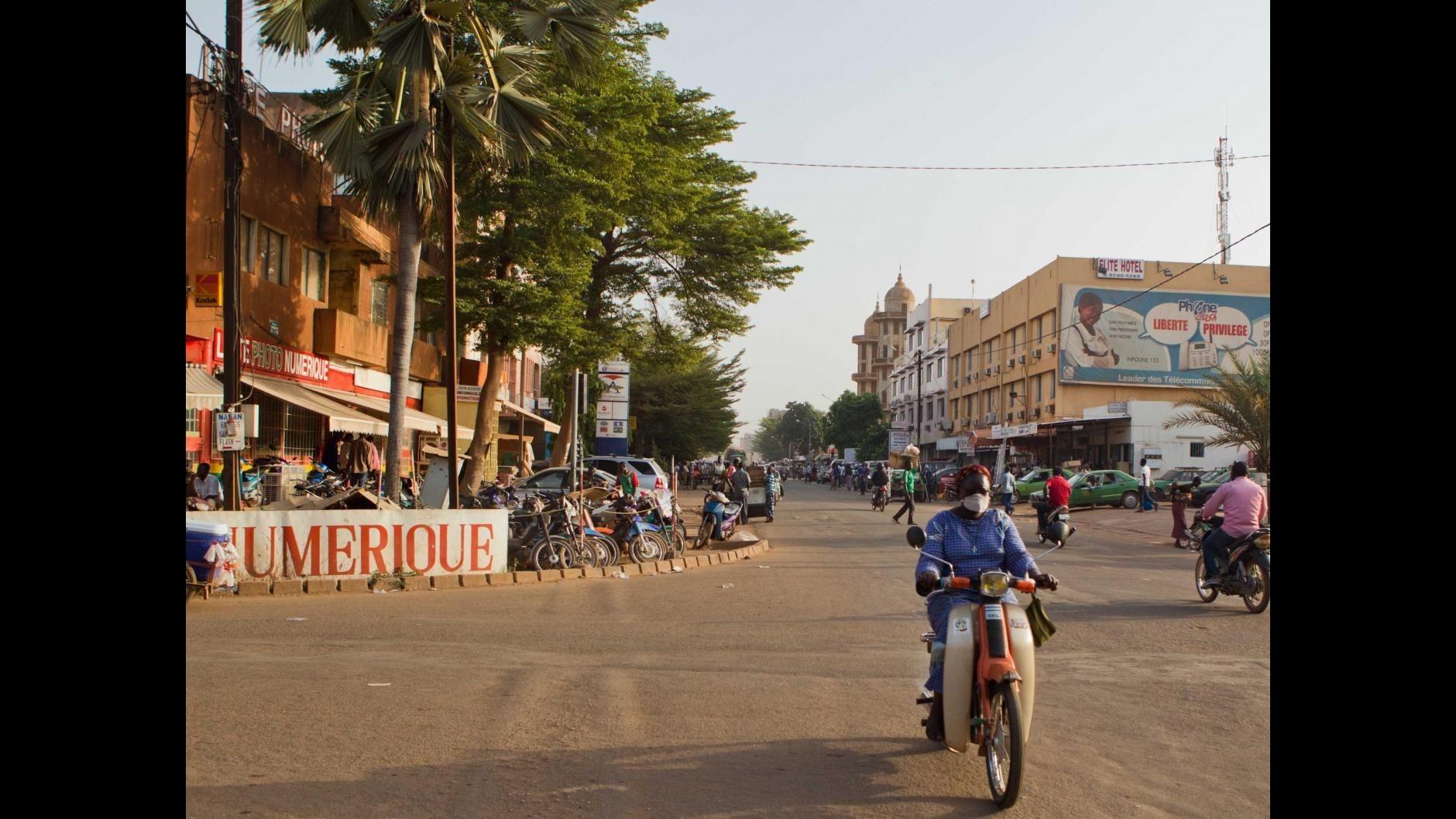 Burkina Faso, represse proteste contro golpe: un morto, diversi feriti