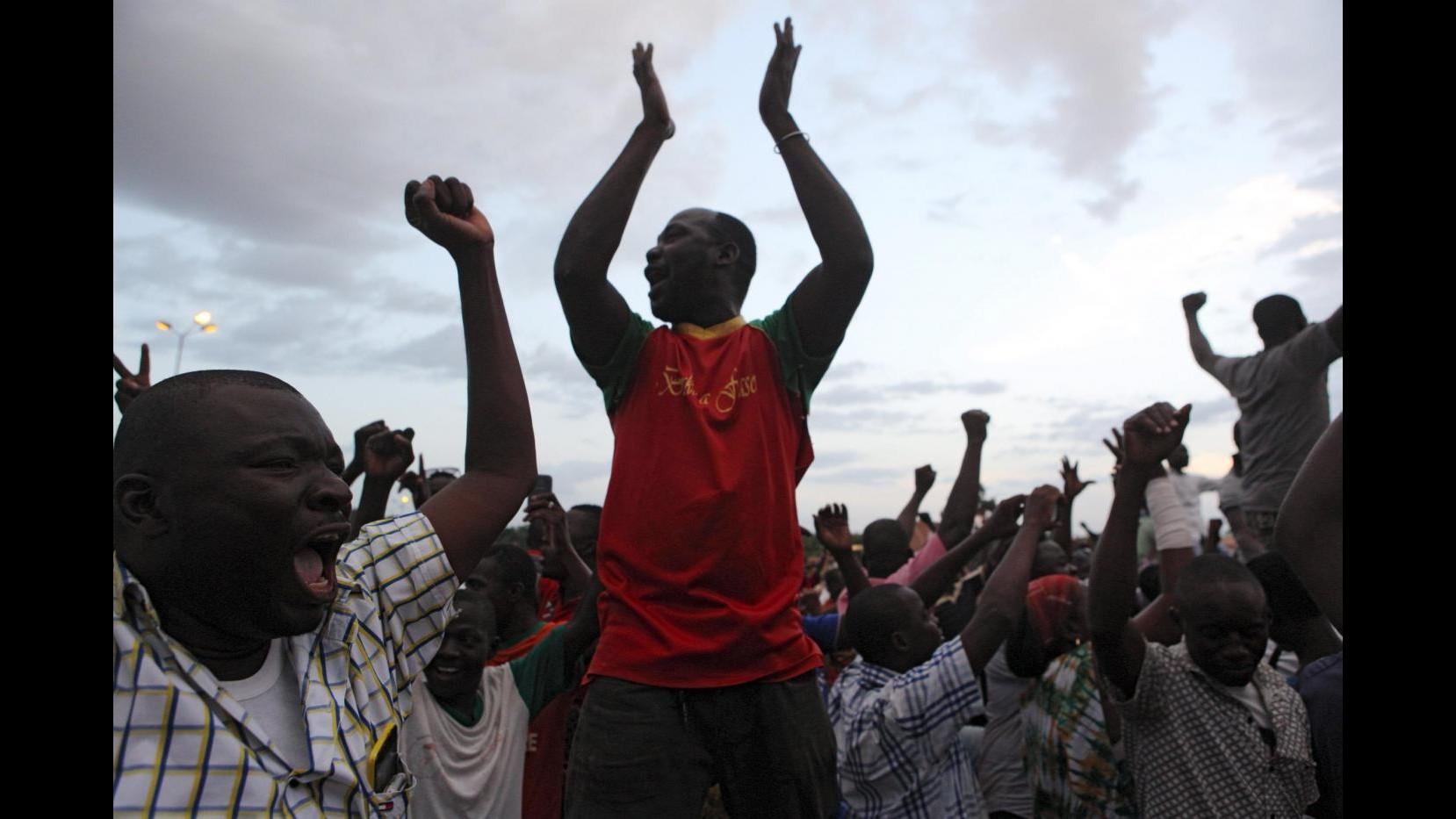 Golpe in Burkina Faso, proteste represse: un morto e diversi feriti