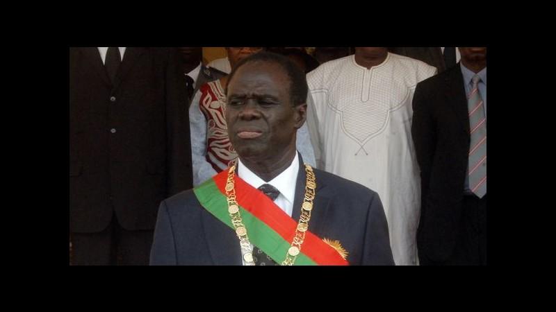 Colpo di stato in Burkina Faso, arrestati il presidente e il premier dai militari